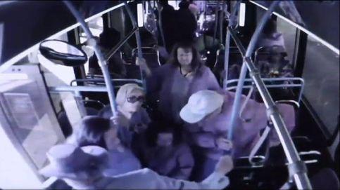 Brutal agresión a un anciano en un autobús en Las Vegas