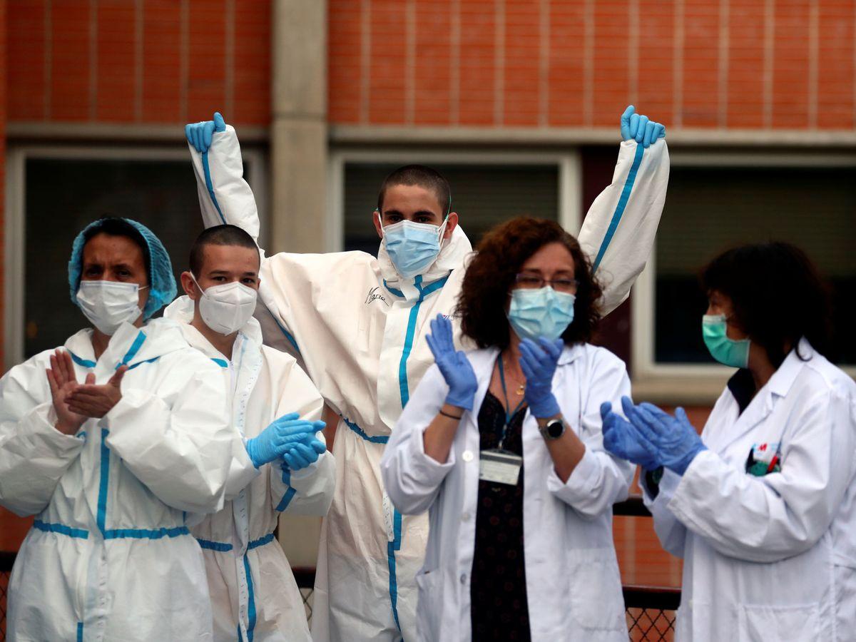 Foto: Personal sanitario del Hospital Severo Ochoa en Madrid. (Reuters)