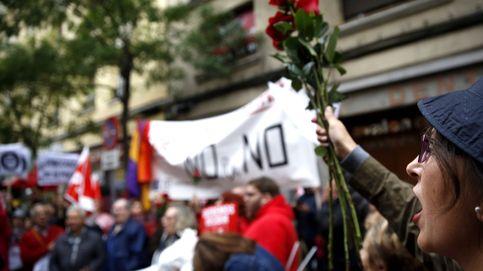 El PSOE culmina su giro hacia la abstención al PP enfrentado al PSC y a parte de sus bases