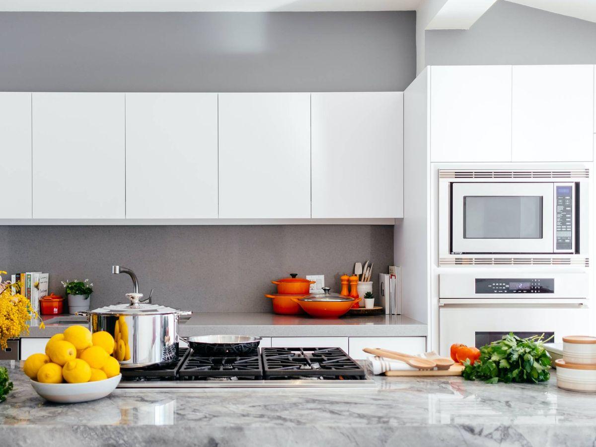 Foto: Cocinas paneladas: beneficios de esta decoración. (Jason Briscoe para Unsplash)