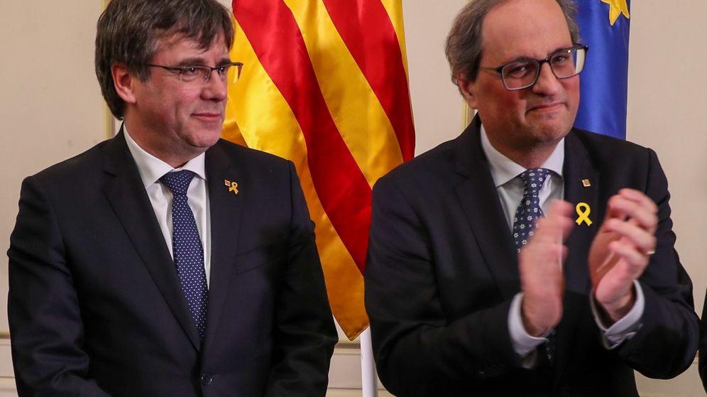 Foto: Puigdemont y Torra, tras el discurso. (EFE)