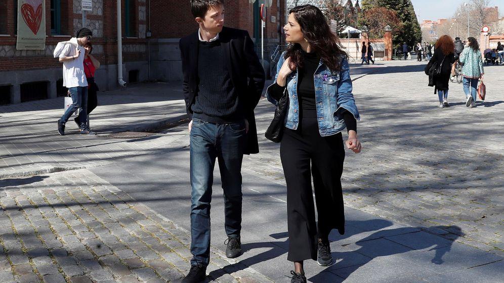 Foto: Íñigo Errejón y Clara Serra. (EFE)