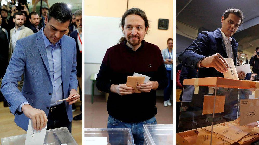 Foto: Pedro Sánchez, Pablo Iglesias y Albert Rivera emitiendo sus votos. (EFE)