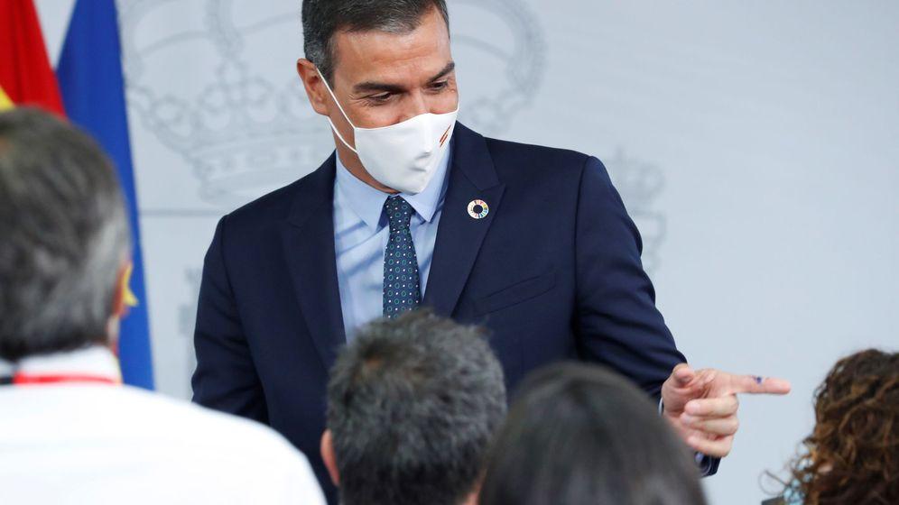 Foto: El presidente del Gobierno, Pedro Sánchez, tras la rueda de prensa posterior al Consejo de Ministros. (EFE)