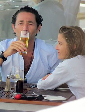 Álvaro Fuster y Beatriz Mira, 'preluna' de miel en Fuerteventura