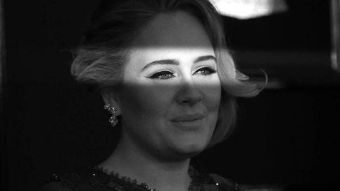 Adele nos vuelve a mostrar su gran cambio físico con un icónico vestido