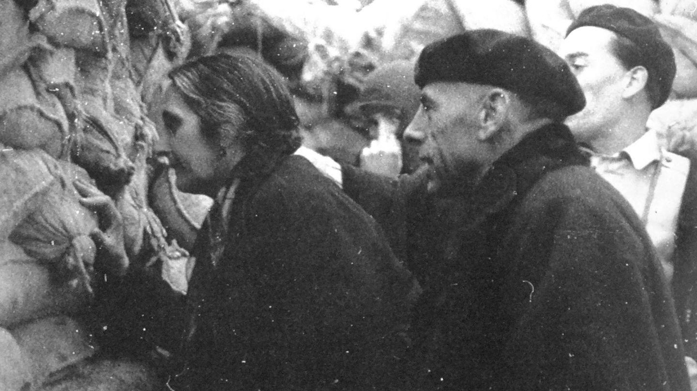 Dolores Ibarurri (La Pasionaria) y Antonio Ortega Gutiérrez.