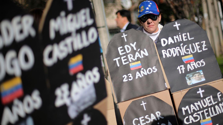 Protesta por las muertes durante las marchas de la oposición en Venezuela. (EFE)