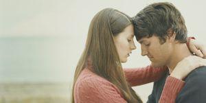 Los seis miedos que te mantienen atado a tu pareja