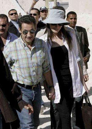 Sarkozy y Bruni muestran su amor a los faraones