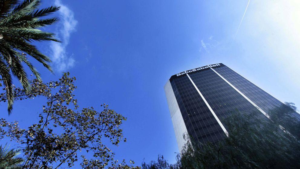 De la Rosa cobró 2,4 millones en Guernsey por las oficinas del Sabadell