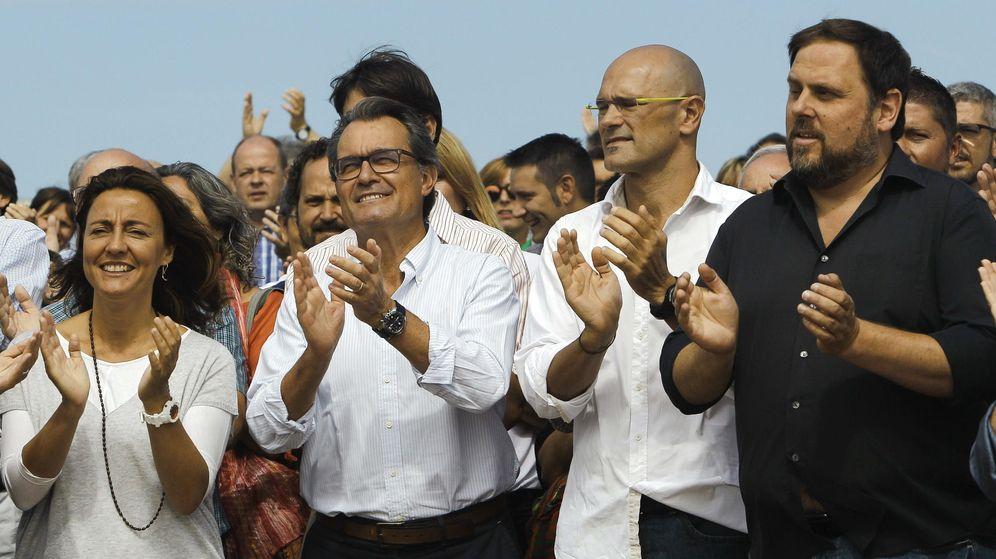 Foto: Junts pel sí quiere un Banco Central y un Correos para Cataluña (EFE)