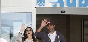 Post de La foto más esperada de Fernando Verdasco y Ana Boyer: salen del hospital con su hijo