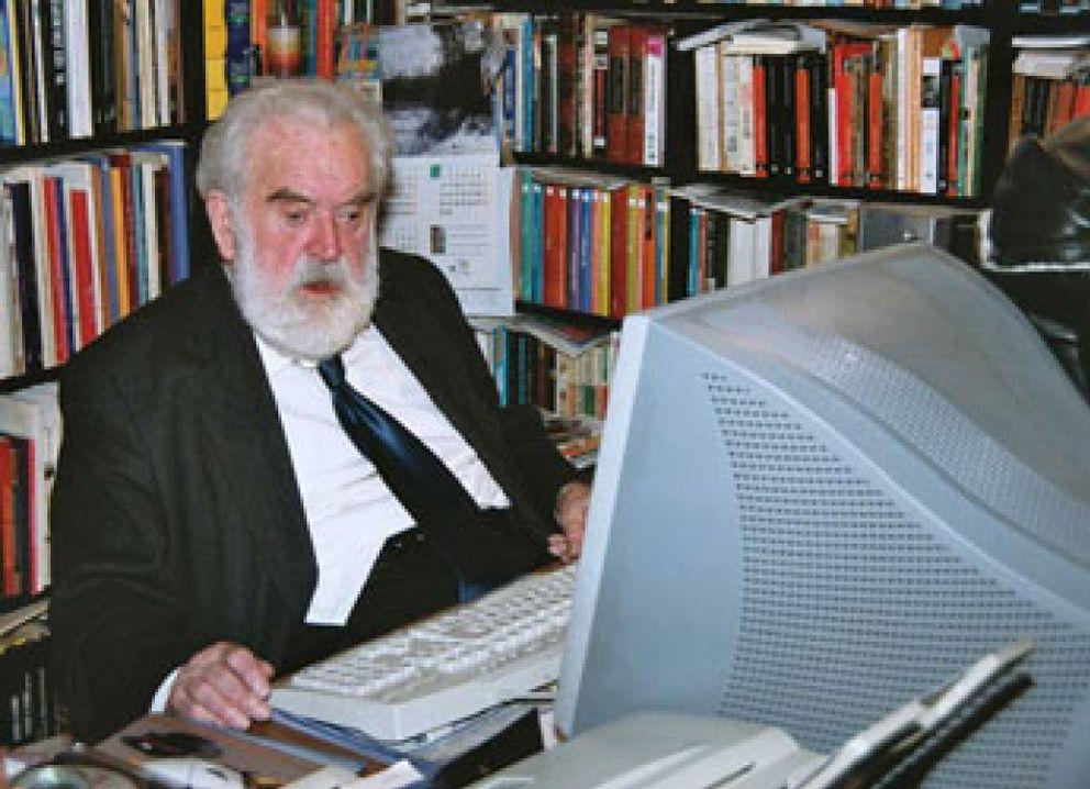 Foto: Muere el escritor León Roca, el más importante experto en la obra de Blasco Ibáñez
