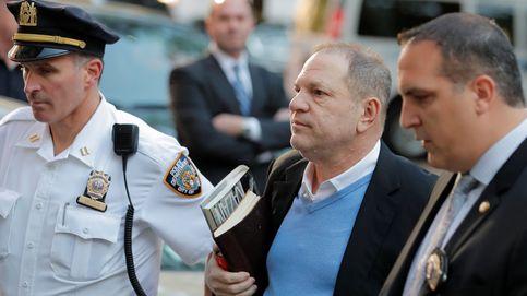 Harvey Weinstein arroja la toalla y se entrega en una comisaría de Nueva York