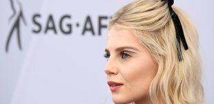 Post de El eyeliner de fantasía de Lucy Boynton en los SAG que tú también puedes llevar