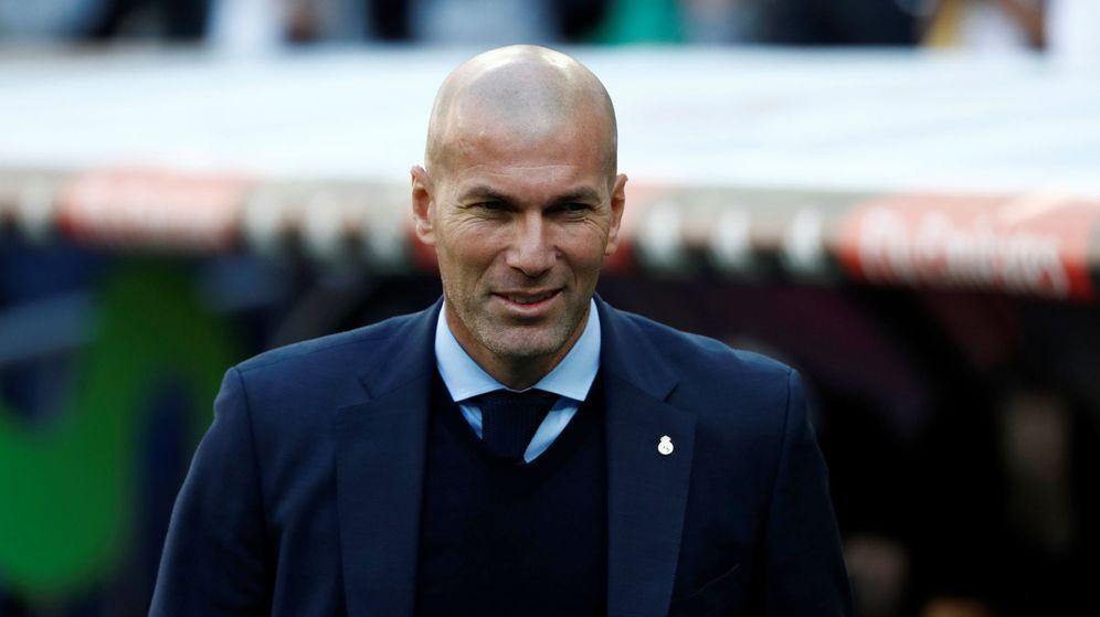 Foto: Zidane sustituyó a Rafa Benítez en el banquillo del Real Madrid en enero de 2016. (EFE)