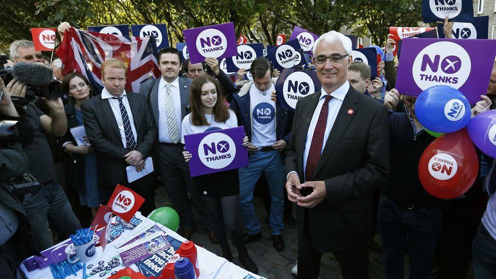 Foto: Alistair Darling, líder de la campaña contra la independencia, posa en Edimburgo. (Reuters)