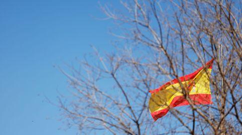 S&P deja a España en 'negativo': teme por sus desafíos fiscales pero no por la política