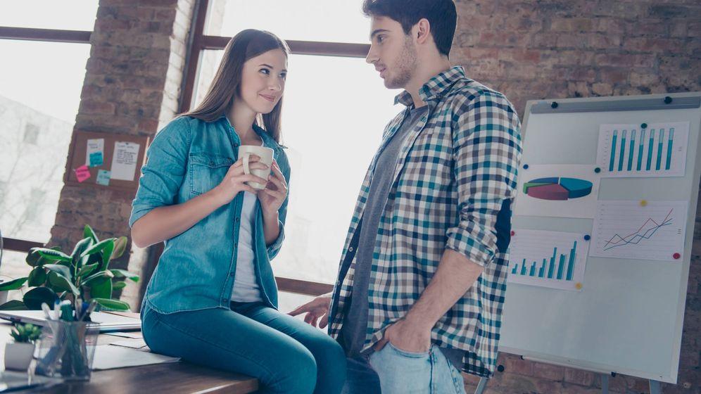 Foto: Menos flirtear y más dar el callo, hombre. (iStock)