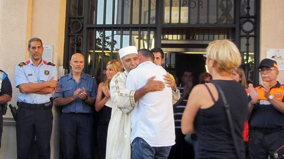 Foto: El padre de Xavi y el imán de Rubí.