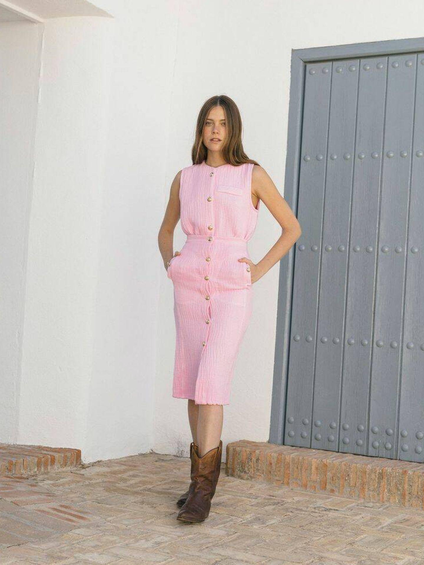Conjunto rosa chicle de Josephine Clothing. (Cortesía)
