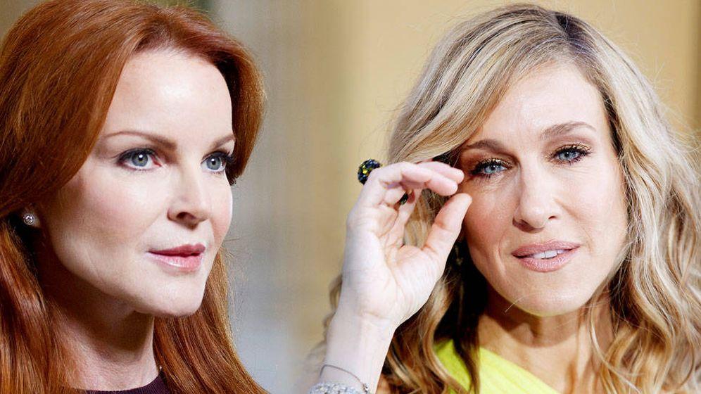 Foto:  Marcia y Sarah, amigas de la cirugía. (Montaje Vanitatis)