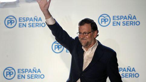 De la sonrisa de Pablo Iglesias a la decepción de Alberto Garzón, la jornada electoral en imágenes