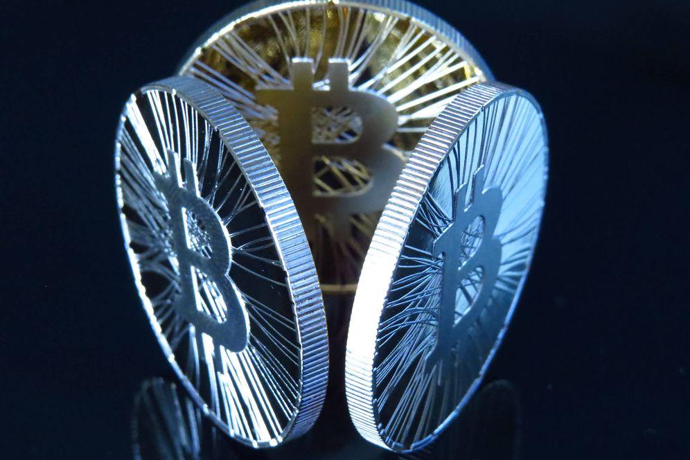 Foto: Bitcoin bate récord tras récord, pero no es la única criptomoneda que los ciberdelincuentes minan desde tu ordenador (Fuente: Antana)