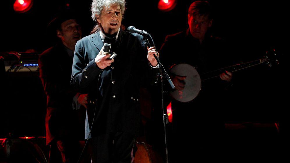 Foto: El cantautor Bob Dylan durante un concierto. (Reuters)