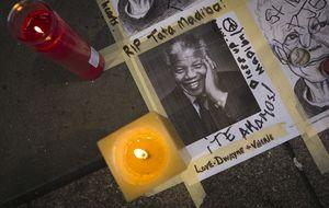 Los afroamericanos lloran a Mandela: Era uno de los nuestros