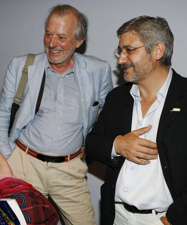 Foto: Fotografía de archivo de Iván Tubau (i) y el exsecretario general de Ciudadanos-Partido de la Ciudadanía Antonio Robles. (EFE)