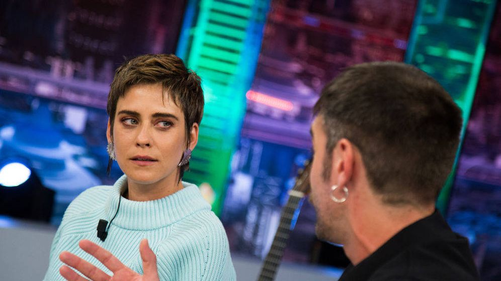 Foto: María León y Jon Plazaola en 'El Hormiguero'. (Antena 3)