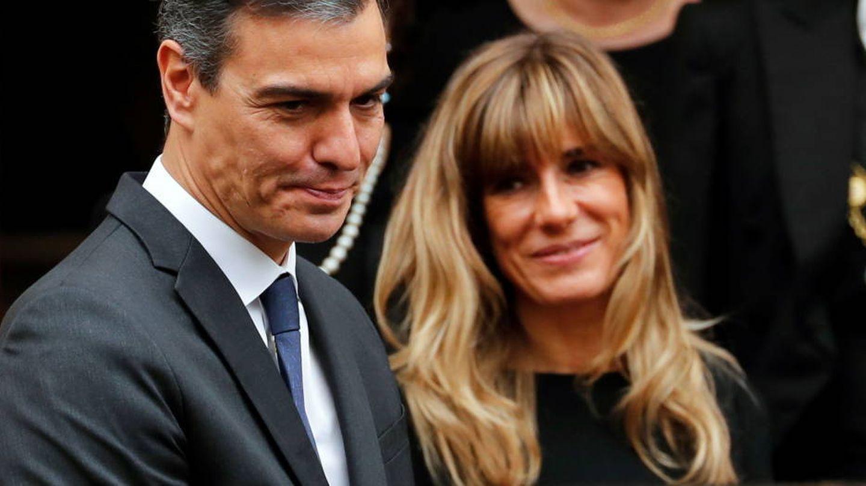 Pedro Sánchez y Begoña Gómez, en el Vaticano. (Reuters)