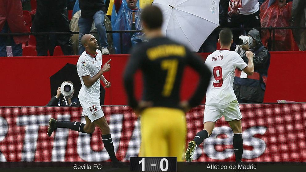Sampaoli le quita su silla a Simeone en Sevilla y le endosa su primera derrota