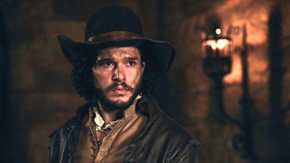Foto: Kit Harington, en una secuencia de la miniserie británica 'Gunpowder'.