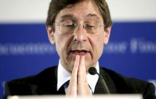 Foto: La CNMV, por fin, suspende Bankia tres semanas después de su nacionalización