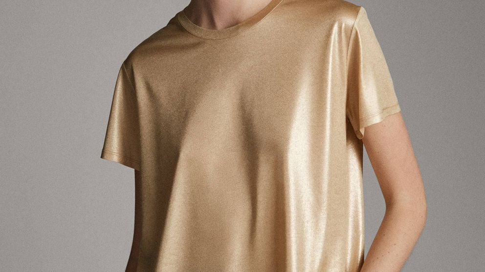 Esta camiseta de Massimo Dutti de 15 euros es capaz de dejar con la boca abierta a todos