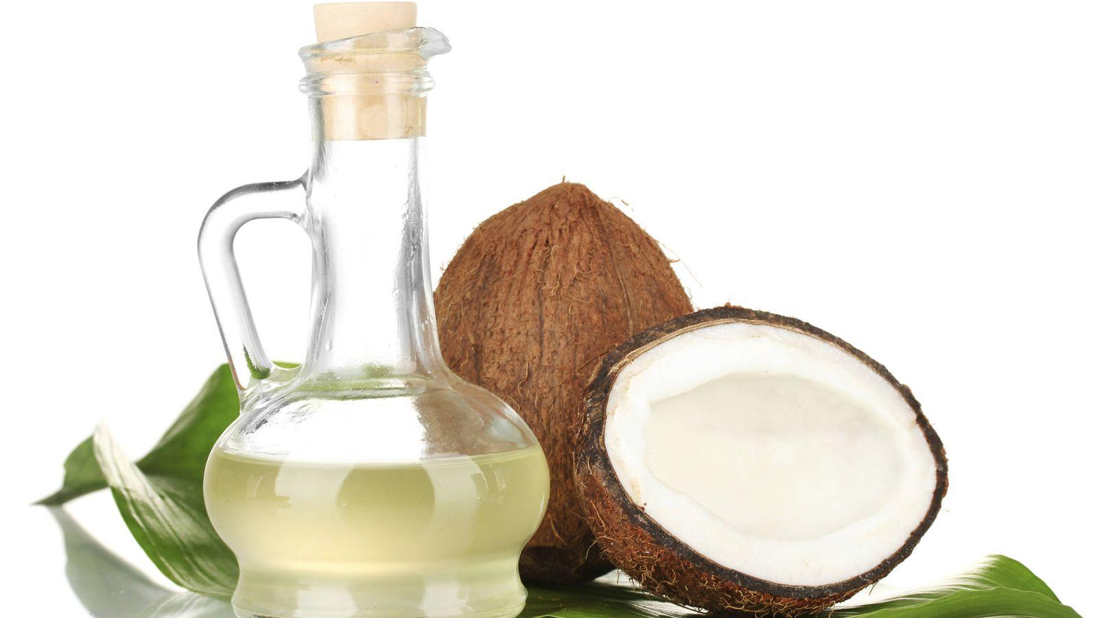 Foto: El coco y su aceite, productos caros con un prestigio no muy merecido. (iStock)