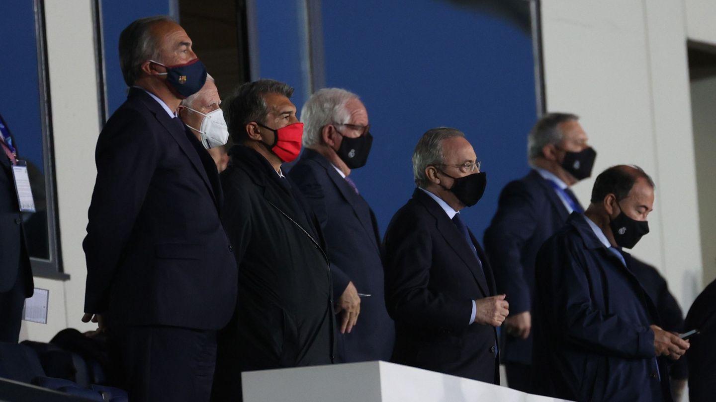 Florentino y Laporta juntos en el palco blanco. (Reuters)