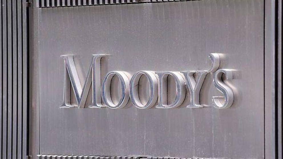 Moody's rebaja de positiva a estable la perspectiva de la deuda española por la incertidumbre política
