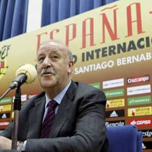 """Foto: Ilustrísimo Del Bosque: """"Me da corte. Espero que los jugadores me llamen míster o Vicente"""""""