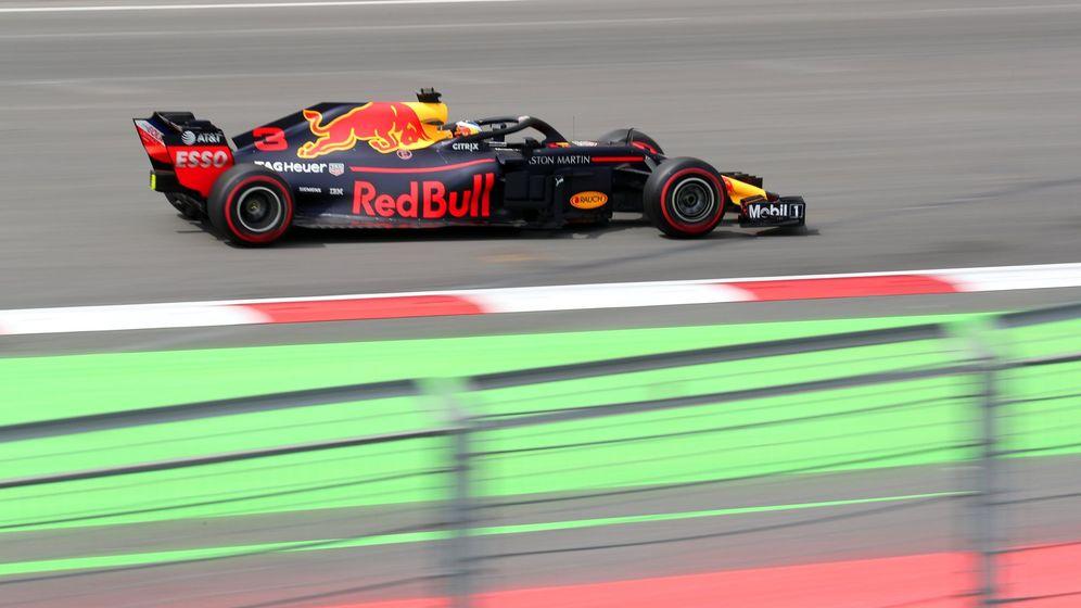 Foto: Nadie pudo con Daniel Ricciardo en la segunda sesión de entrenamientos libres del GP de Azerbaiyán (EFE)