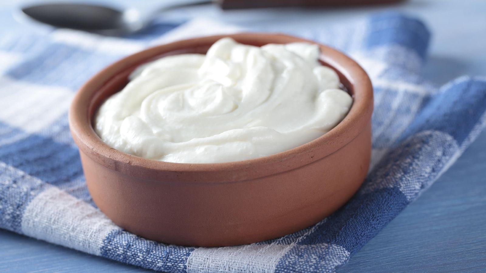 Foto: Nada como un yogur natural para rematar un buen almuerzo veraniego. (iStock)