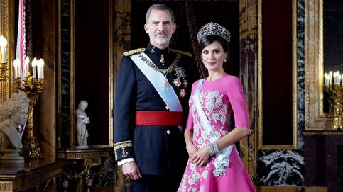 Un nuevo libro derriba ciertos 'mitos' de la ruptura de Felipe VI con Eva Sannum y de su noviazgo con Letizia