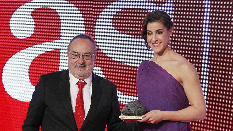 Alfredo Relaño y Carolina Marín. (EFE)