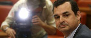 Echenique, obligado a abstenerse en el Consejo de RTVE tras el fichaje de su mujer por Abertis