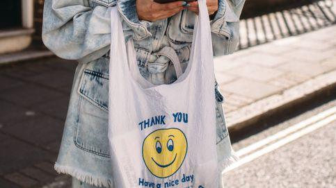 La tendencia 'smiley' llega para alegrar nuestros looks, palabra de influencers