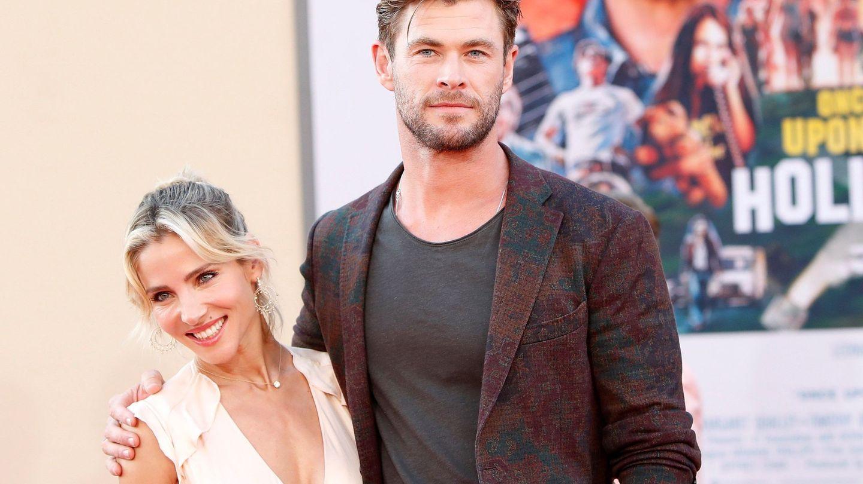 Elsa Pataky y Chris Hemsworth, en un preestreno. (EFE)