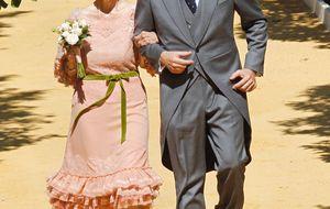 La duquesa, preparada para acudir a la boda del hijo de Carmen Tello